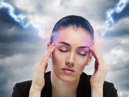 Migrenózna aura: príčiny, príznaky, diagnostika a liečba