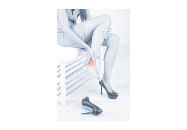 Obstrukční choroba dolních končetin: příčiny, příznaky, diagnostika a léčba