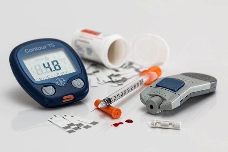 Diabetes equipment, needle, measuring device