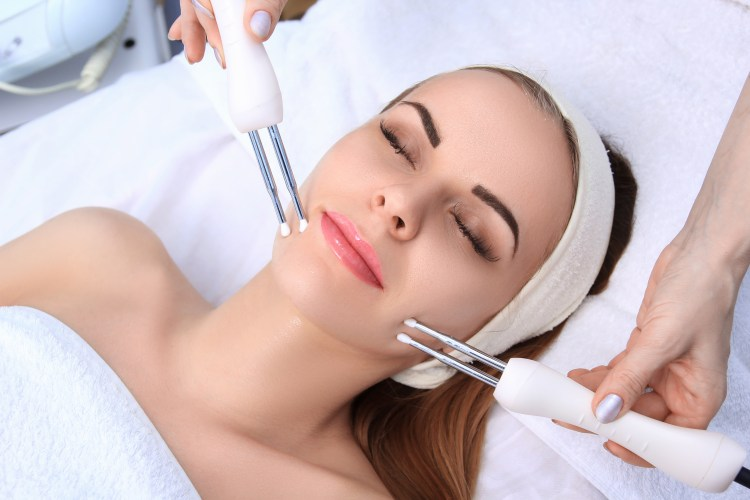Facial massage using tools