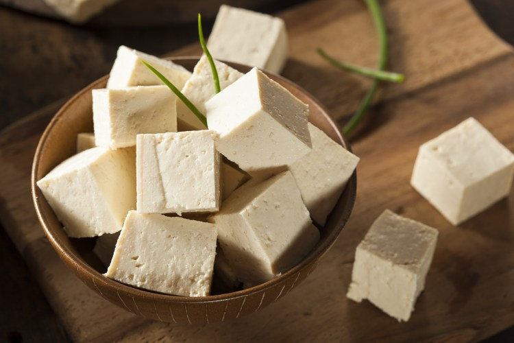 Tofu - sójový sýr - v misce