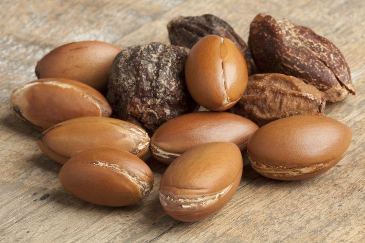 Arganové ořechy - z jejich jader se arganový olej vyrábí