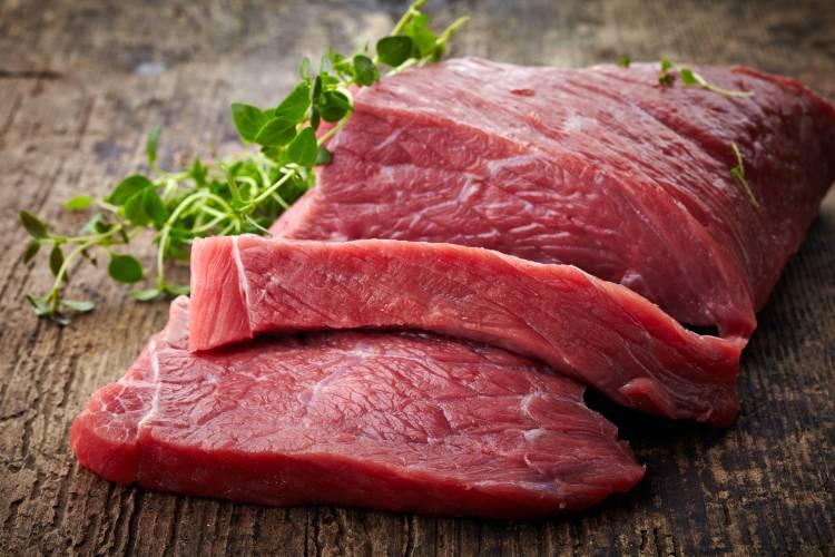 La viande bovine contient beaucoup de protéines