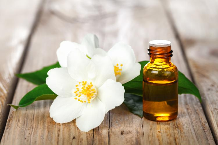 Jasmine essential oil is great for dry skin care