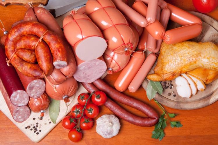 La viande transformée soutient le développement de l'inflammation dans le corps