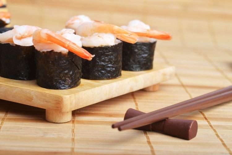 Mořské řasy lze použít například k přípravě sushi