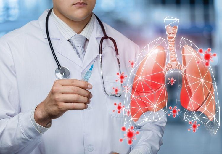 Častou příčinou bronchiektázií jsou metabolická onemocnění (např. cystická fibróza), zánětlivá onemocnění plic nebo různé autoimunitní choroby
