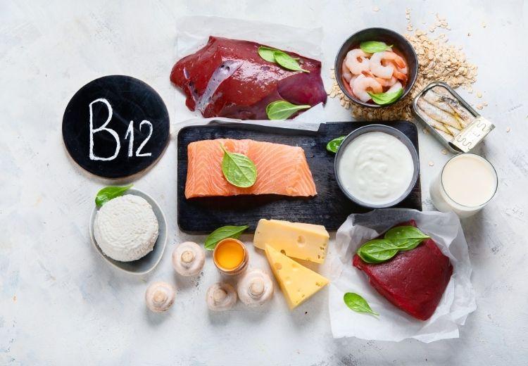 Jednou z najčastejších príčin vysokej hodnoty homocysteínu v krvi je nedostatok vitamínov skupiny B, najmä B12
