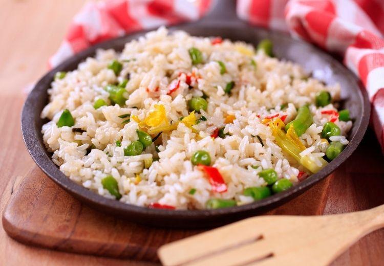 Rýže patří mezi nejlepší potraviny na zklidnění podrážděného žaludku
