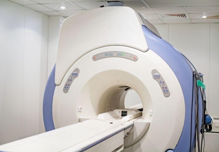 Magnetická rezonance hraje v diagnostice bolestí kloubů důležitou roli