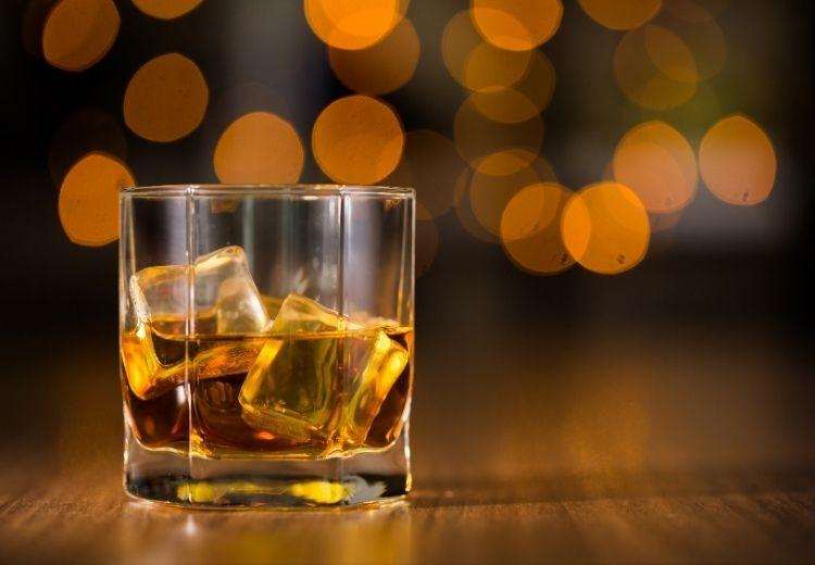 Obmedzenie konzumácie alkoholu pomáha v prevencii ochorenia pečene