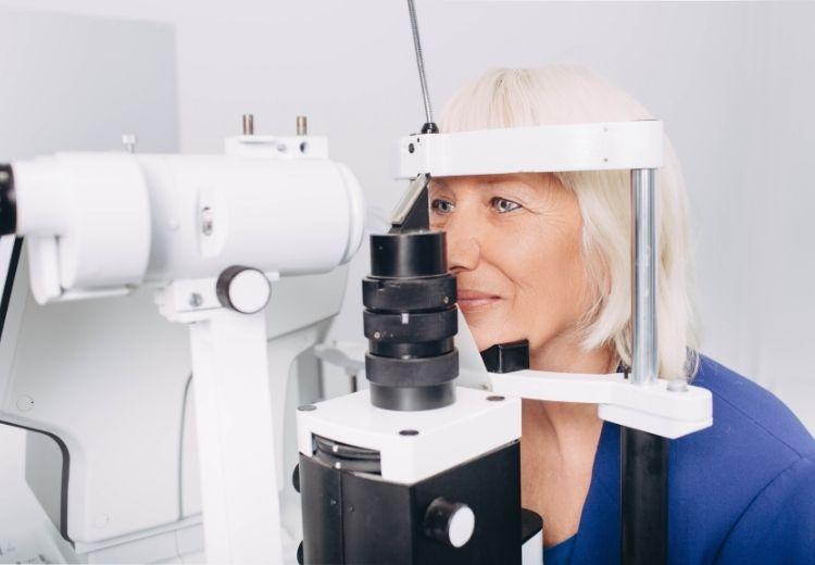 Des contrôles réguliers chez un ophtalmologue constituent la meilleure prévention de l'hypertension oculaire et du glaucome