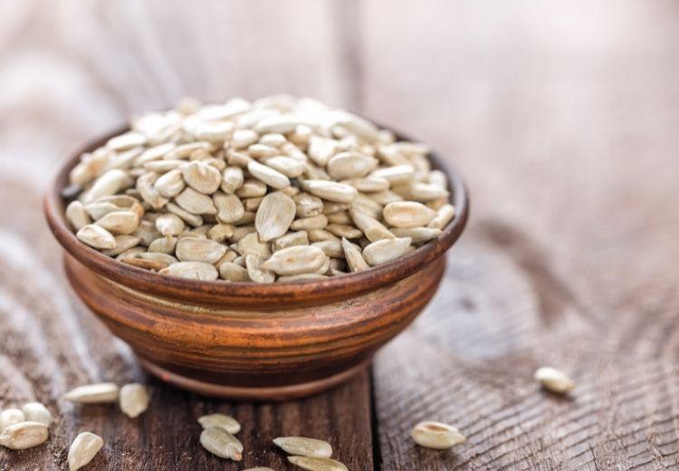 Slunečnicová semínka obsahují řadu zdraví prospěšných látek, vitamínů, minerálů a antioxidantů