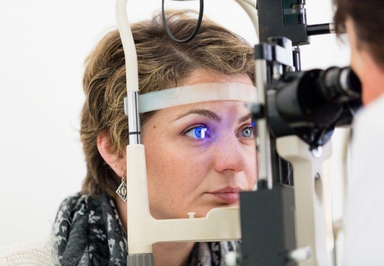 Vyšetrenie očného pozadia je dôležité pre prevenciu mnohých závažných ochorení vrátane diabetickej retinopatie