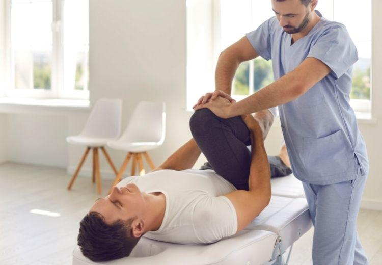 Rehabilitácia (fyzioterapia) má pri liečbe bolesti slabín nezastupiteľné postavenie