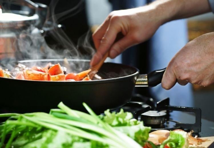 Jedním ze způsobů jak se strumigenů zbavit je dostatečná tepelná úprava potravin