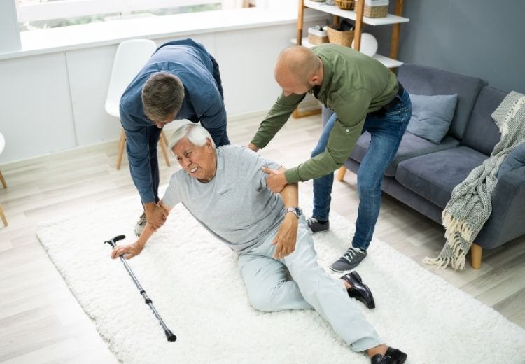 Nehody a pády sú najčastejšou príčinou hemoperitónea