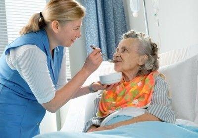 Alzheimerova choroba: příčiny, příznaky, diagnostika a léčba