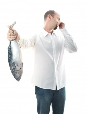 Syndróm rybieho zápachu: príčiny, príznaky, diagnostika a liečba