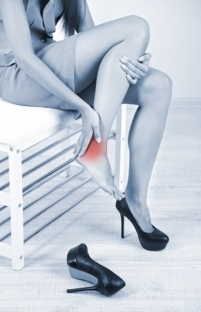 Obštrukčná choroba dolných končatín: príčiny, príznaky, diagnostika a liečba