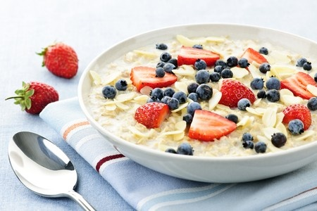 Zdravá snídaně ovesné vločky