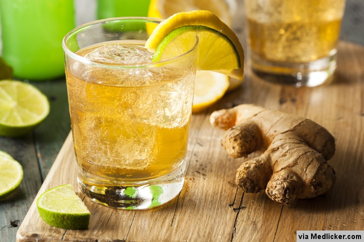 boisson au citron et au gingembre