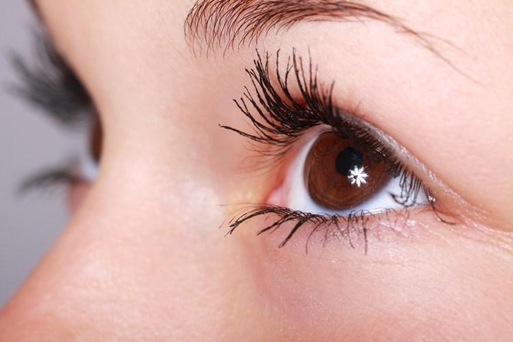 Namalované oko