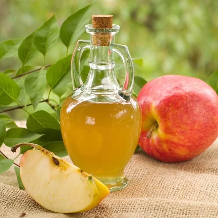 Jablečný ocet může pomoci i v boji s akné